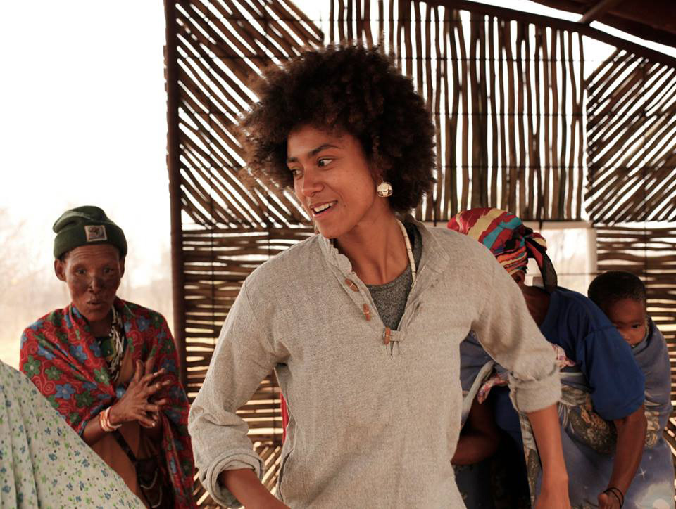 Shani-dancing-with-Kuku's---by-Sjahin-During